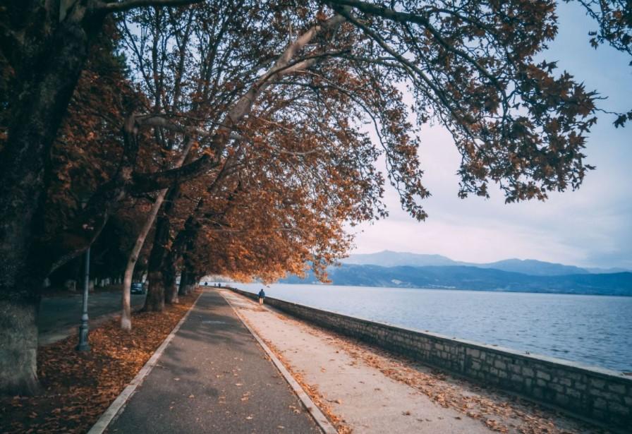 Ιωάννινα λίμνη χειμερινοί προορισμοί Ήπειρο